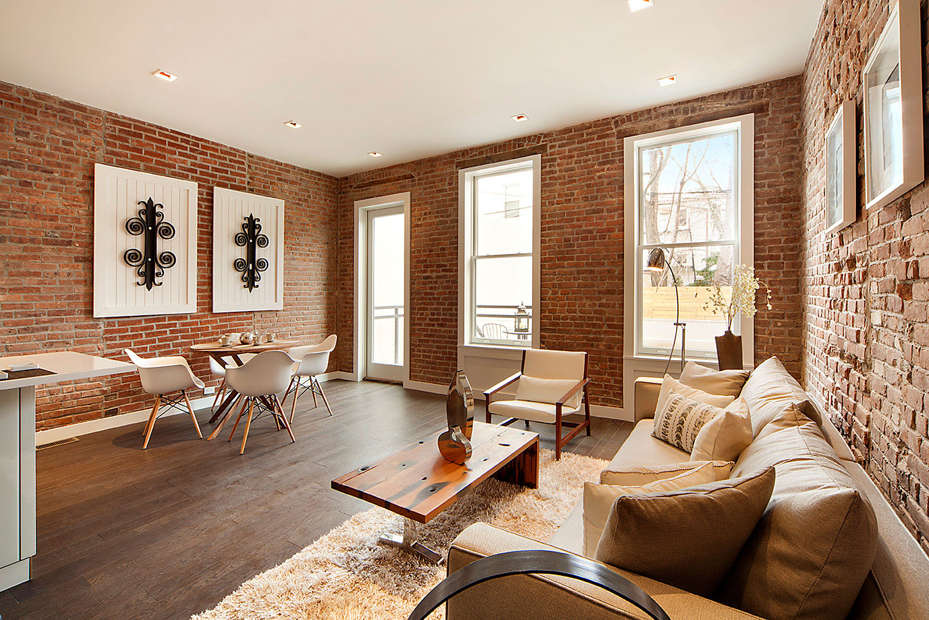 Brownstone LIC 4